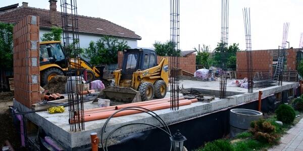Constructii in cartierul Iris